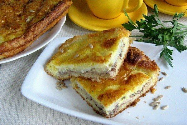 Слоеный пирог с сайрой и картошкой рецепт